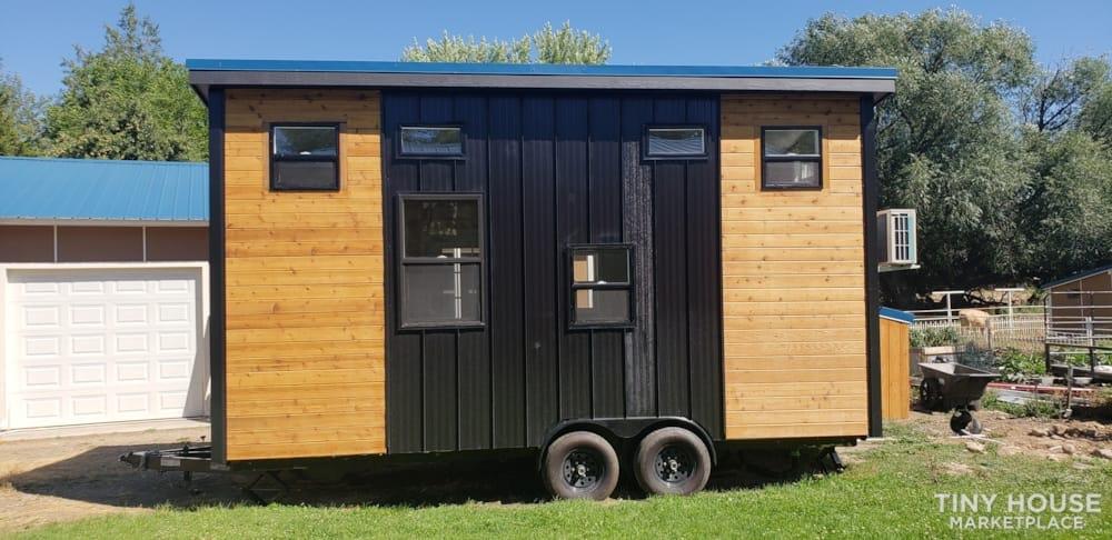 Custom Built 20 Ft with 2 lofts - Slide 2