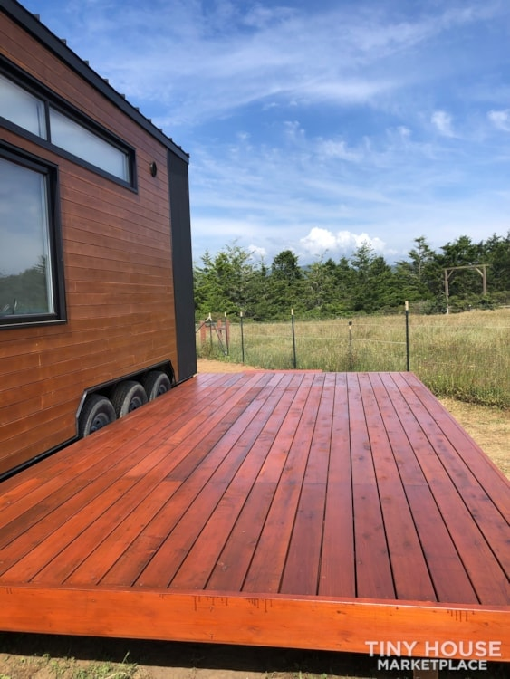 Custom-Built Luxury Modern Off-Grid Tiny Home by Minimaliste - Slide 3