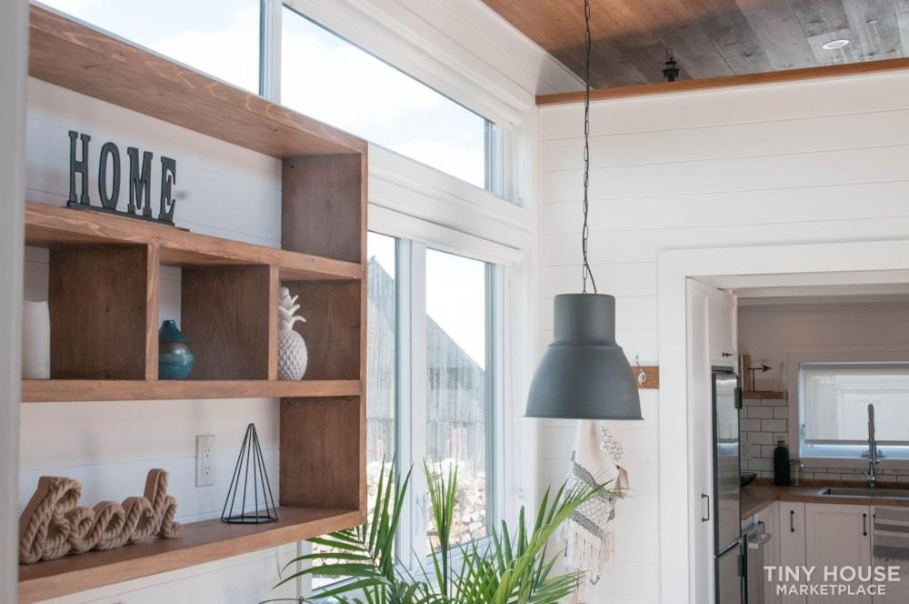 Custom-Built Luxury Modern Off-Grid Tiny Home by Minimaliste - Slide 5