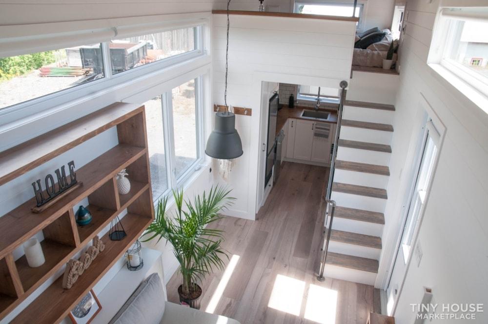 Custom-Built Luxury Modern Off-Grid Tiny Home by Minimaliste - Slide 6