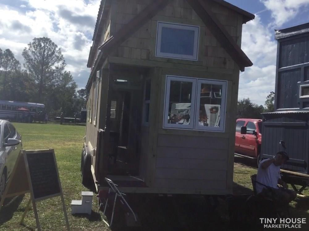 Custom Designed Tiny House - Slide 2