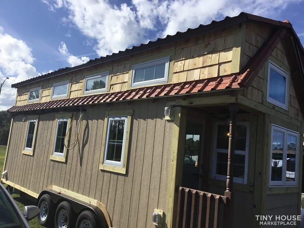 Custom Designed Tiny House - Slide 3