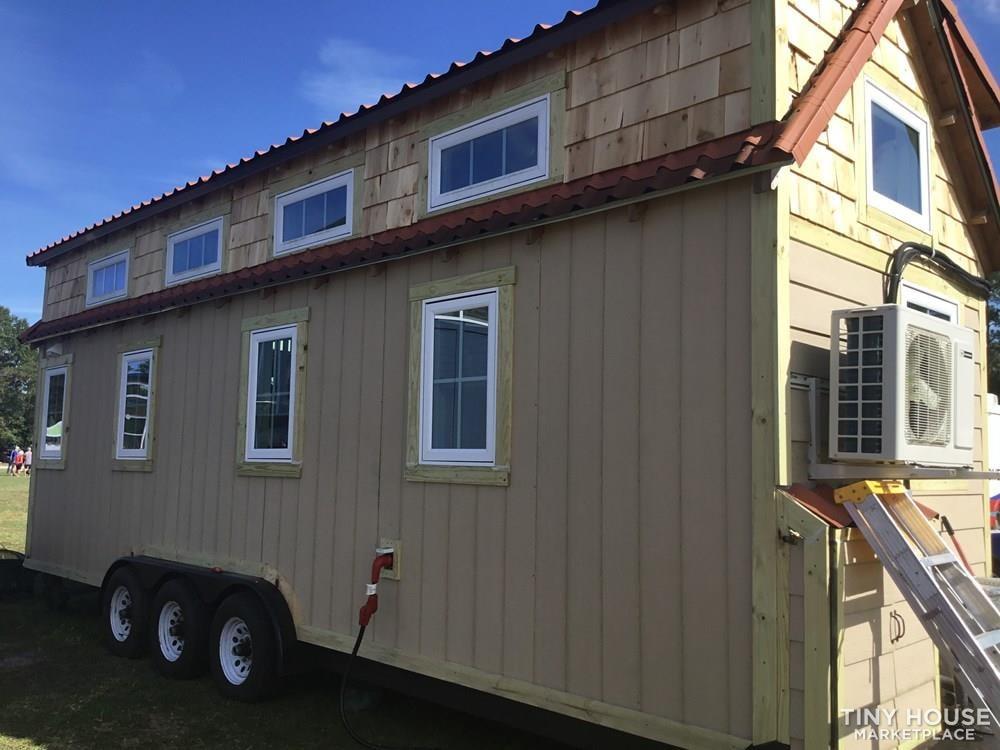 Custom Designed Tiny House - Slide 4