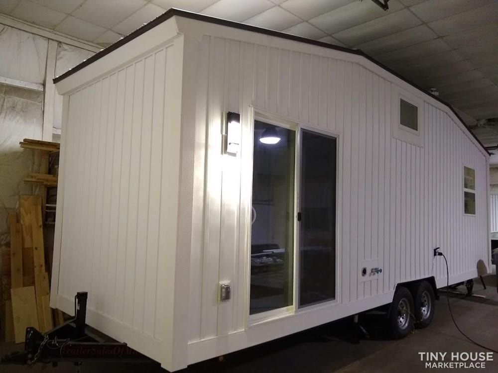 """""""The Endeavor"""" By Aspire Tiny Homes - Room for 6 to Relax and Sleep  - Slide 27"""