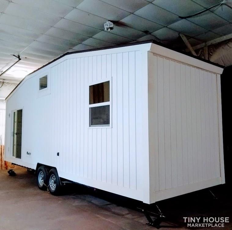 """""""The Endeavor"""" By Aspire Tiny Homes - Room for 6 to Relax and Sleep  - Slide 29"""