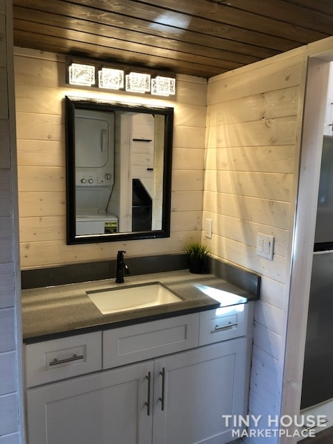 Exceptional Modern Tiny Home Ready for You! - Slide 10