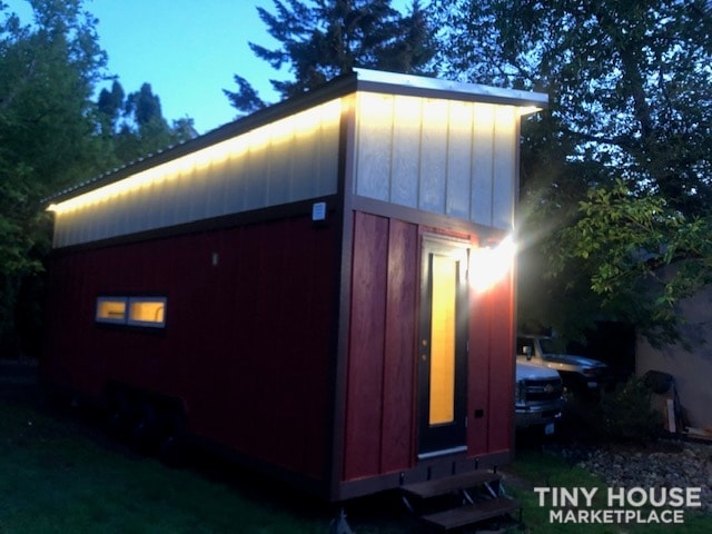 Exceptional Modern Tiny Home Ready for You! - Slide 20
