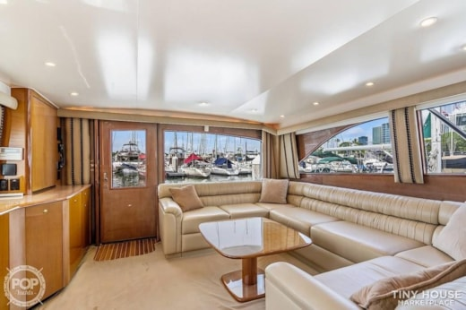 Floating Home/Luxury Yacht in Hawaii