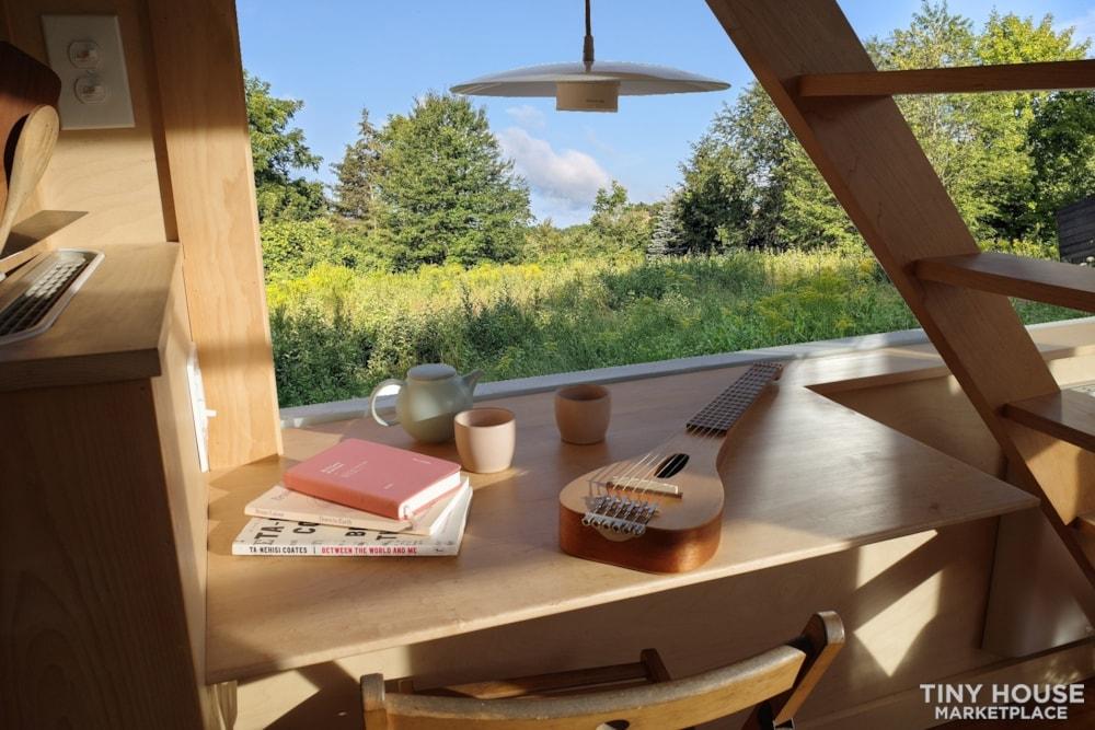 Gorgeous Brand New 20' New England Modern Tiny House - Slide 8