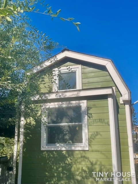 Gorgeous Tiny Home on Wheels – Reduced for Fast Sale  - Slide 1