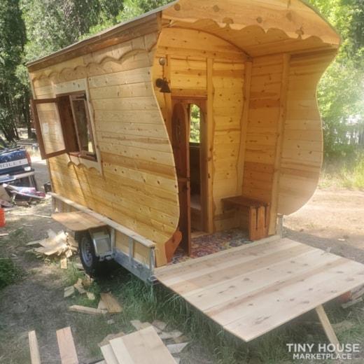 Gypsy  caravan.  Nomadic  adventures  or permanent  dwelling