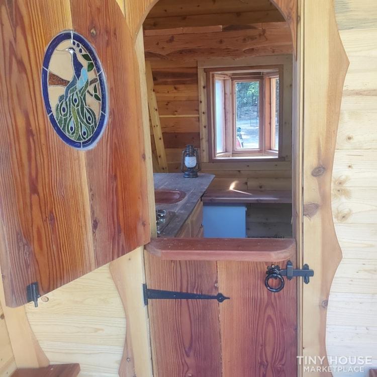Gypsy  caravan.  Nomadic  adventures  or permanent  dwelling  - Slide 15
