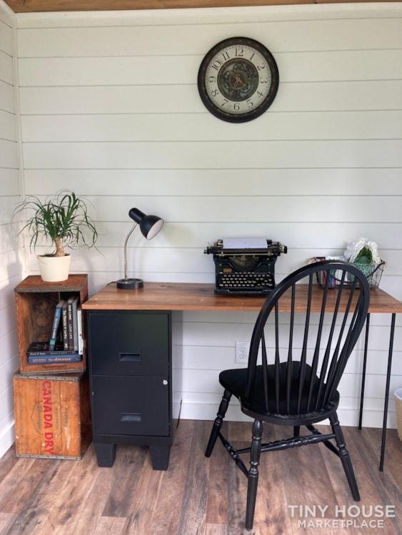Home office - Slide 8