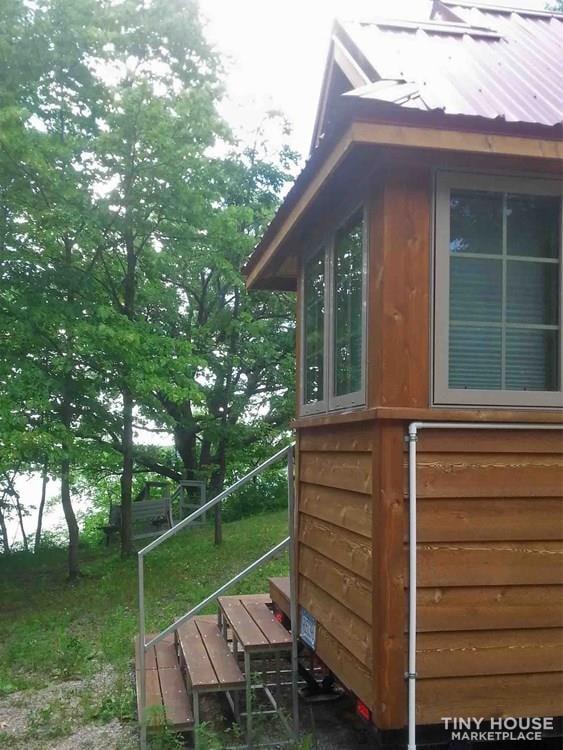 Lake Cabin Tiny House - Slide 27