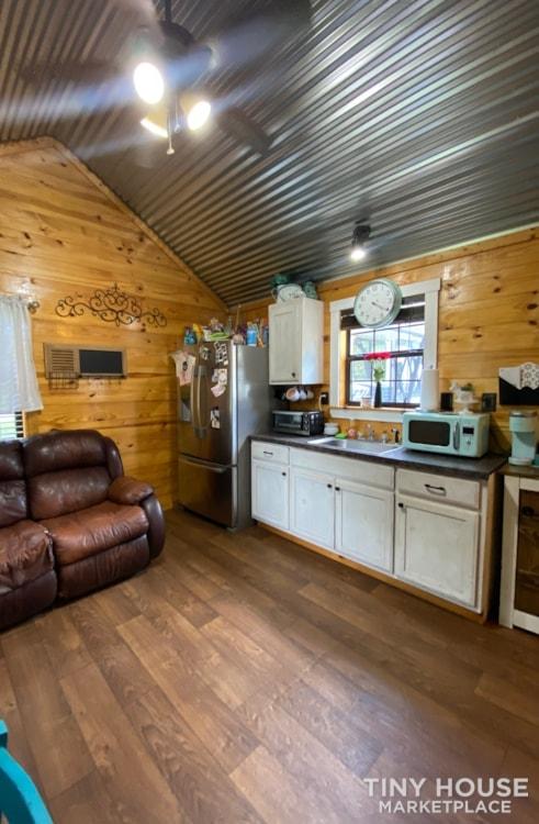 Leland Cabin 14 x 28