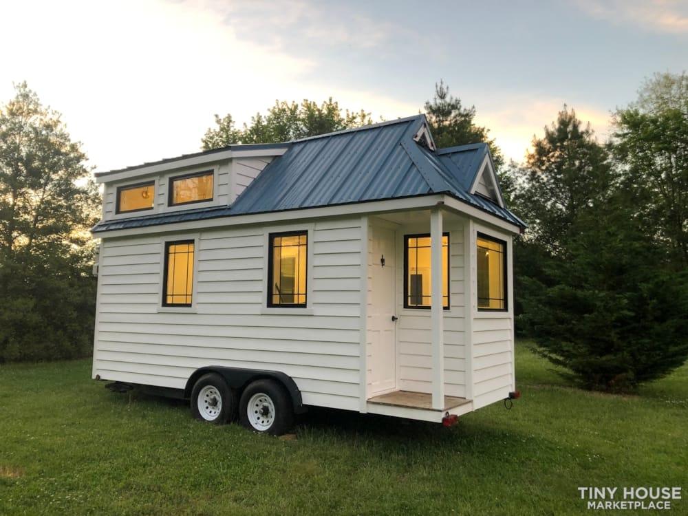 Custom Built Luxury 18' Tiny Home - Slide 1