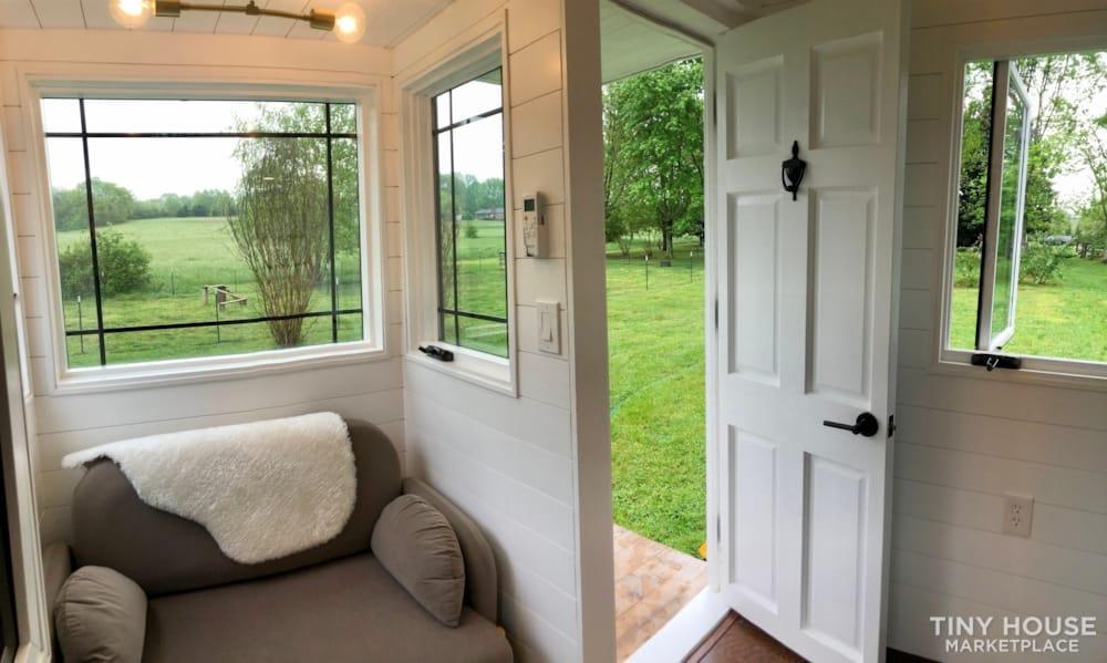 Custom Built Luxury 18' Tiny Home - Slide 2