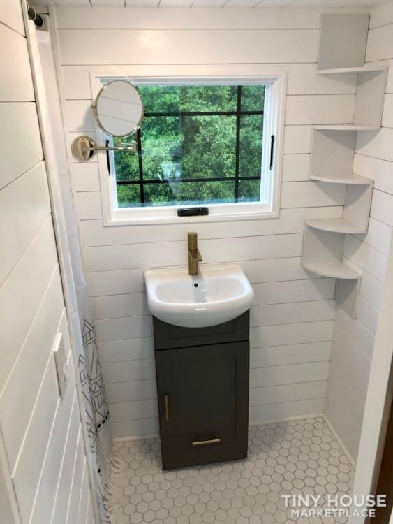 Custom Built Luxury 18' Tiny Home - Slide 11
