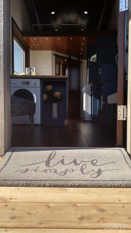 Luxury Living in a Tiny House - Slide 2