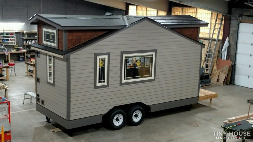 Luxury Living in a Tiny House - Slide 1