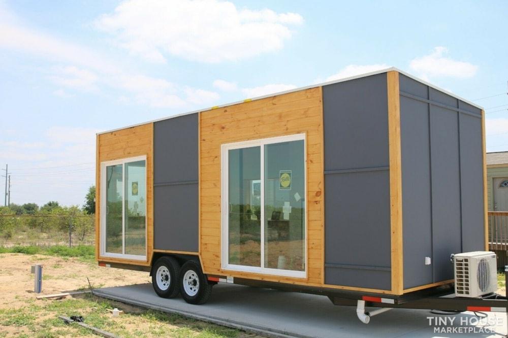 "Luxury Modern Tiny House On Wheels 24x8'6"" - Slide 1"