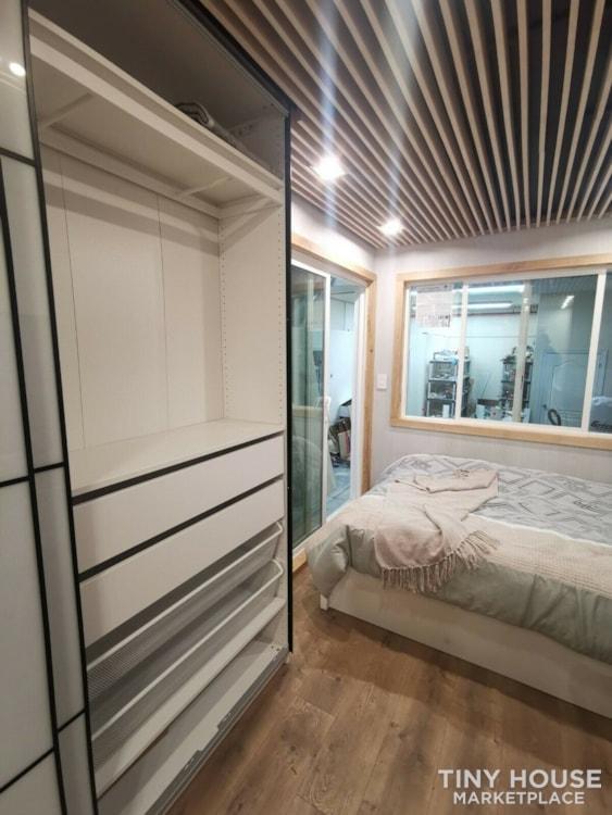 "Luxury Modern Tiny House On Wheels 24x8'6"" - Slide 5"