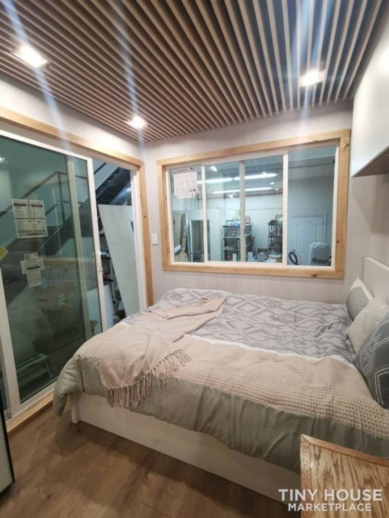 "Luxury Modern Tiny House On Wheels 24x8'6"" - Slide 7"