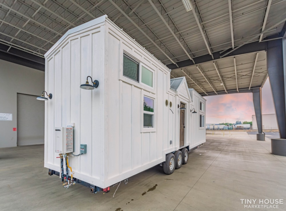 Move In Ready 3 Bed 1 Bath 8' x 32' Custom Tiny Home! - Slide 6