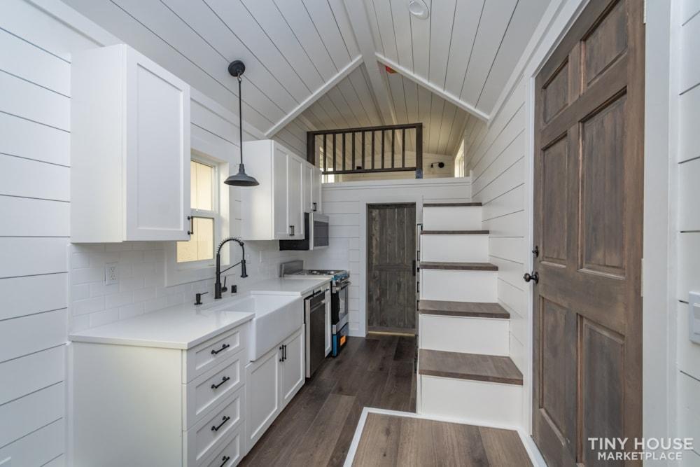 Move In Ready 3 Bed 1 Bath 8' x 32' Custom Tiny Home! - Slide 11