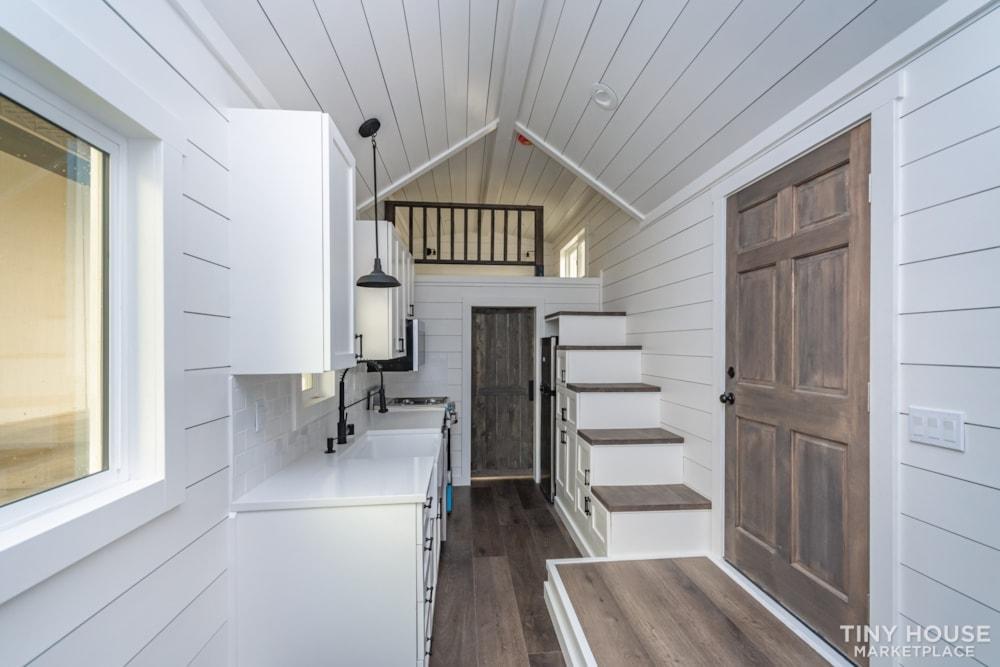 Move In Ready 3 Bed 1 Bath 8' x 32' Custom Tiny Home! - Slide 13