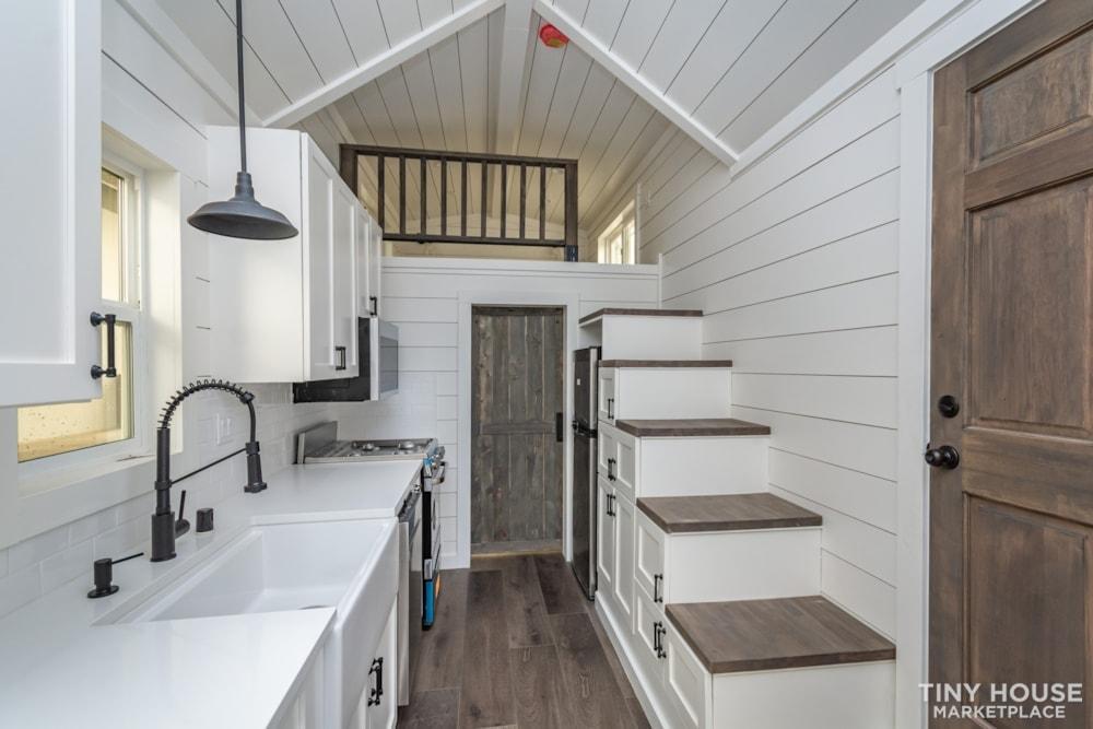 Move In Ready 3 Bed 1 Bath 8' x 32' Custom Tiny Home! - Slide 14