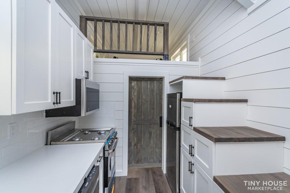 Move In Ready 3 Bed 1 Bath 8' x 32' Custom Tiny Home! - Slide 15