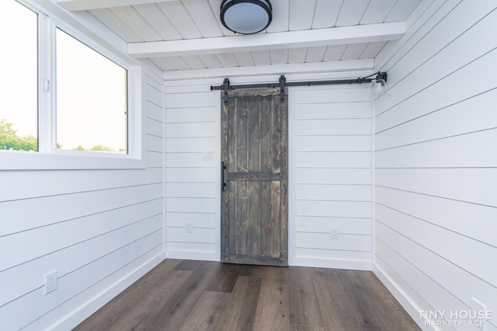 Move In Ready 3 Bed 1 Bath 8' x 32' Custom Tiny Home! - Slide 19