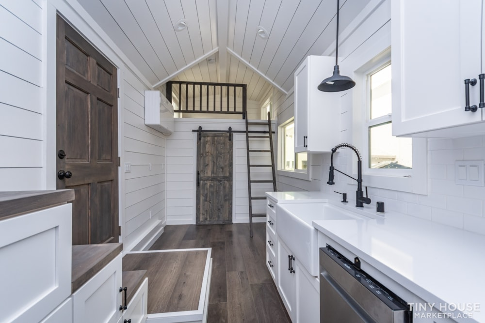 Move In Ready 3 Bed 1 Bath 8' x 32' Custom Tiny Home! - Slide 22