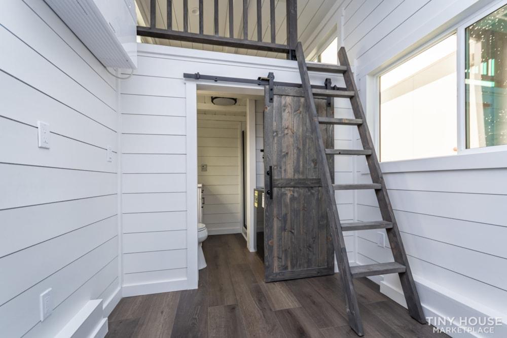 Move In Ready 3 Bed 1 Bath 8' x 32' Custom Tiny Home! - Slide 24