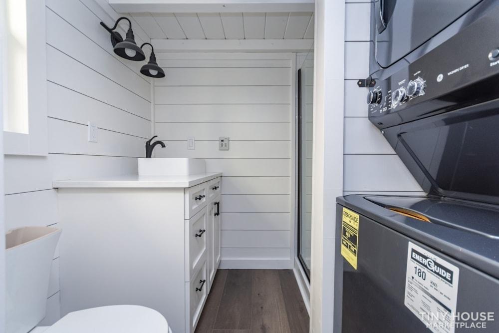 Move In Ready 3 Bed 1 Bath 8' x 32' Custom Tiny Home! - Slide 25