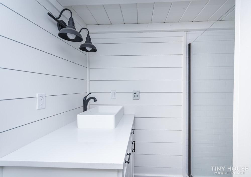 Move In Ready 3 Bed 1 Bath 8' x 32' Custom Tiny Home! - Slide 26
