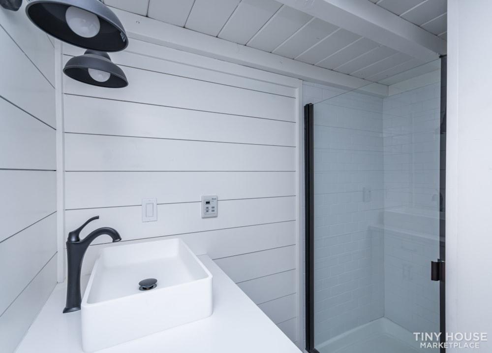 Move In Ready 3 Bed 1 Bath 8' x 32' Custom Tiny Home! - Slide 28
