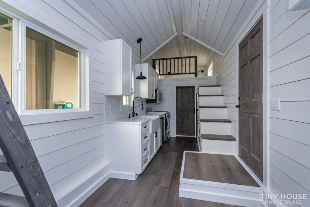 Move In Ready 3 Bed 1 Bath 8' x 32' Custom Tiny Home! - Slide 29