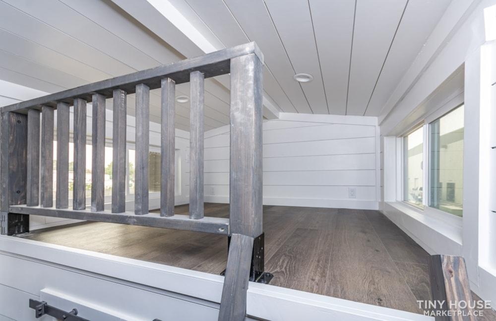 Move In Ready 3 Bed 1 Bath 8' x 32' Custom Tiny Home! - Slide 30