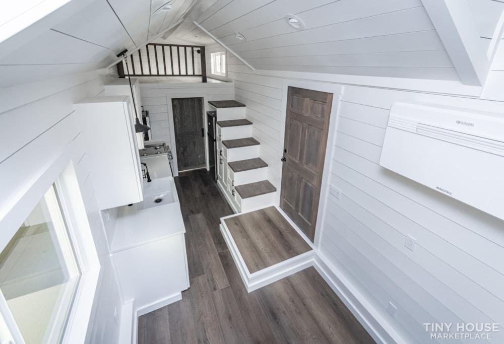 Move In Ready 3 Bed 1 Bath 8' x 32' Custom Tiny Home! - Slide 33