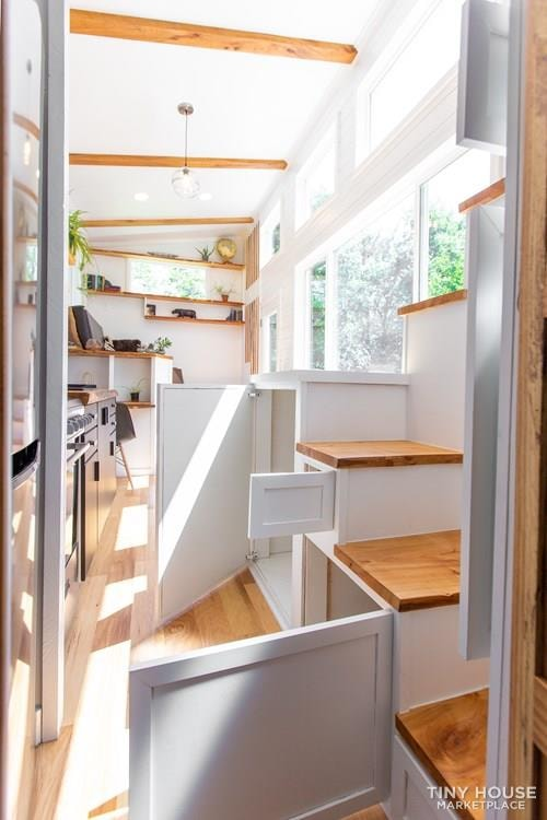 Natural Modern Luxury 26ft Tiny House on Trailer by Made Relative - Slide 23