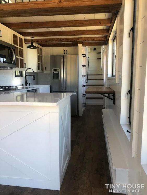 Custom Luxury Modern FarmHouse Tiny House (Built To Order & Customizable) - Slide 18