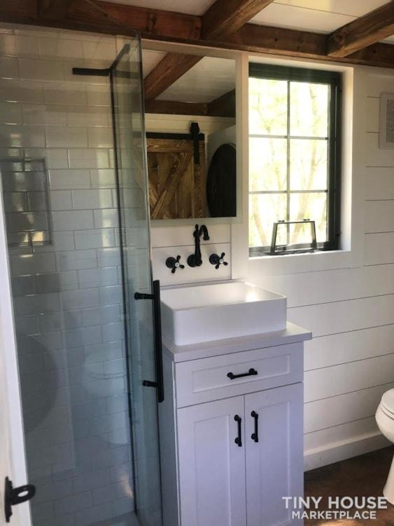 Custom Luxury Modern FarmHouse Tiny House (Built To Order & Customizable) - Slide 27
