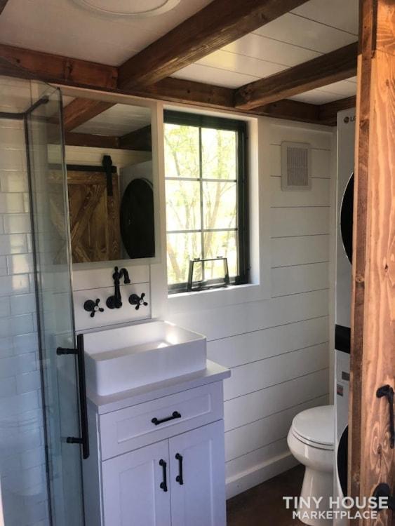 Custom Luxury Modern FarmHouse Tiny House (Built To Order & Customizable) - Slide 28