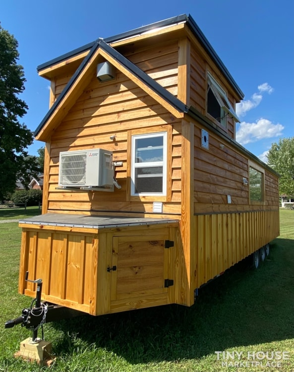 New 2021 Freedom Style 9'x28' Tiny Home on Wheels - Slide 6