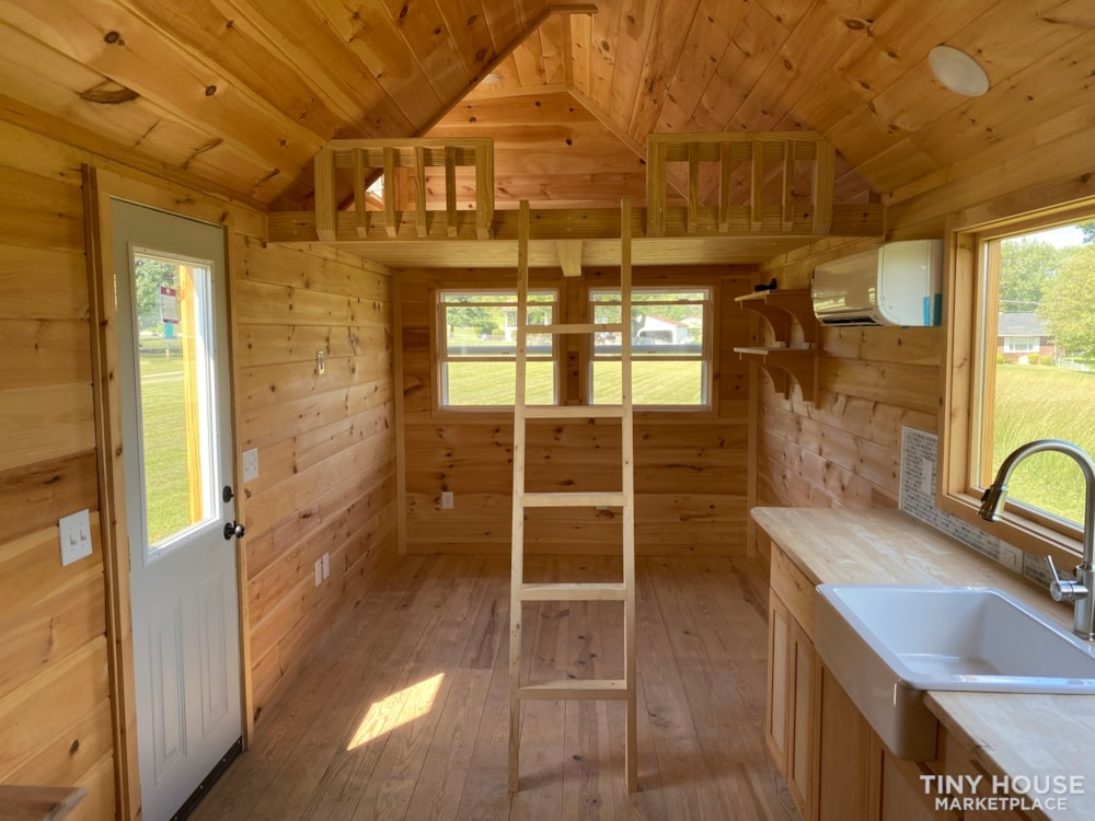New 2021 Freedom Style 9'x28' Tiny Home on Wheels - Slide 15