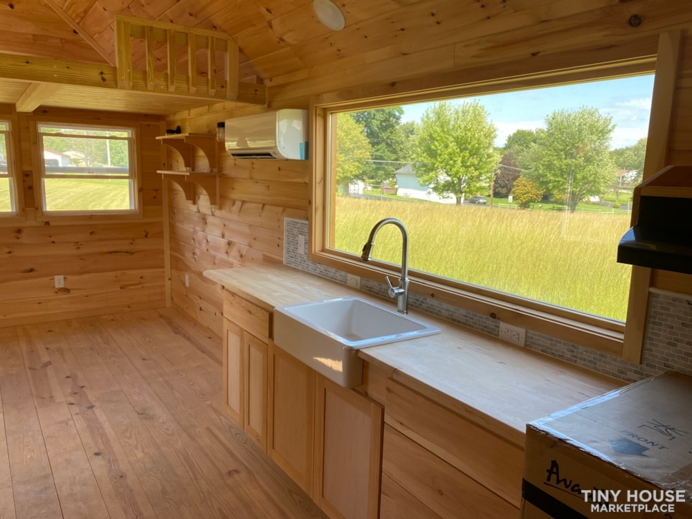 New 2021 Freedom Style 9'x28' Tiny Home on Wheels - Slide 16