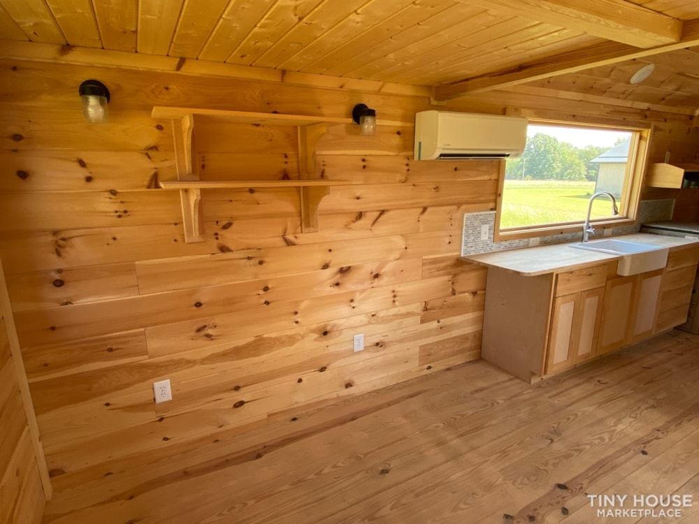 New 2021 Freedom Style 9'x28' Tiny Home on Wheels - Slide 17