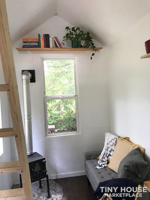 New Tiny House for Sale! - Slide 4